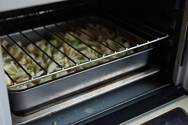 香烘提卡咖哩雞