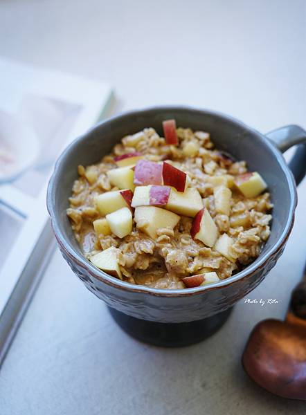 香料蘋果燕麥粥
