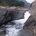 達娜伊谷的溪流