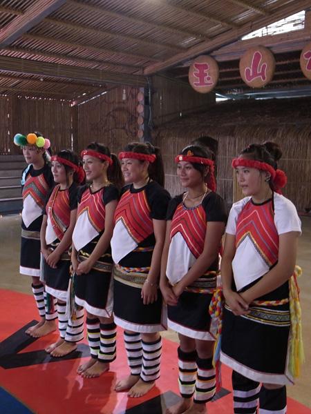 靦腆美麗的鄒族姑娘2