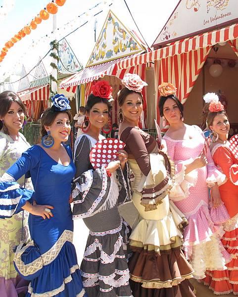 Girls-at-the-Feria-de-Abril-Seville.-Credit-Fiona-Flores-Watson