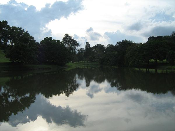 麦里芝蓄水池3.jpg