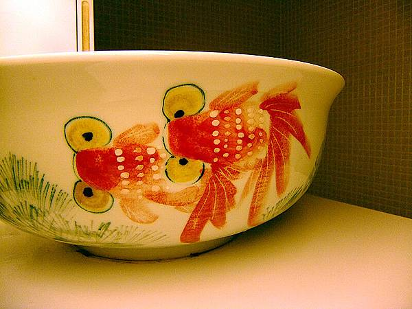 小金魚洗手臺.jpg