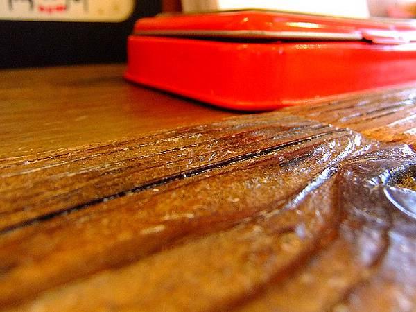 森林系木頭桌.jpg