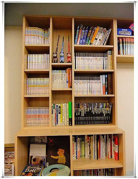好多好多書!.jpg