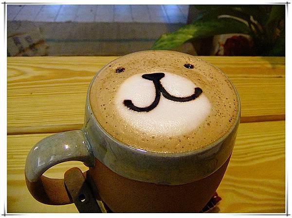 熊正在對你微笑呢.jpg