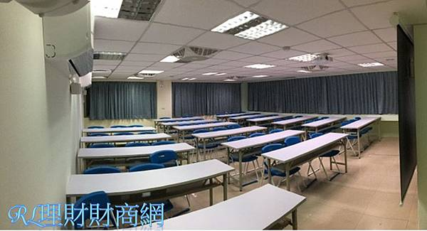 台中場地教室301-6.jpg