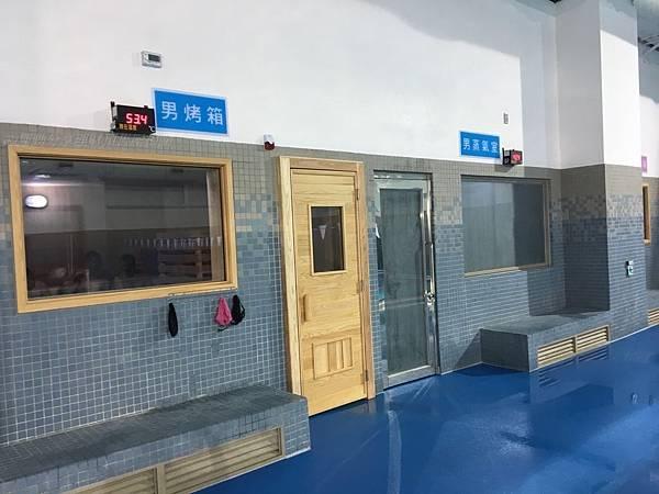 2018台中南屯運動中心_男生䒱氣室烤箱.jpg
