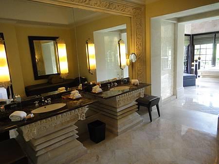 Cliff villa浴室