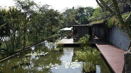 湖畔茶藝館