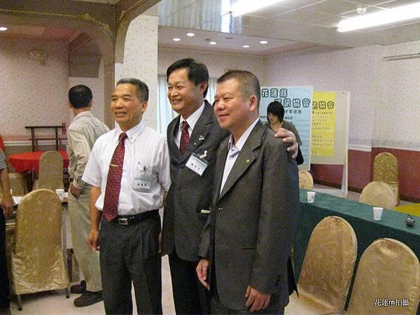 花蓮縣資訊協會成立大會會場準備拍照留念3.JPG