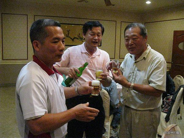 布丁ys楊理事長ys青葉餐廳老闆也是我們資訊協會會員.JPG