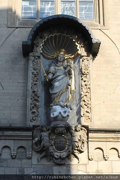 聖母教堂.jpg