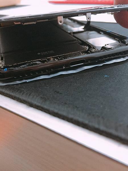 iPhone 7 plus 螢幕維修_170112_0006.jpg