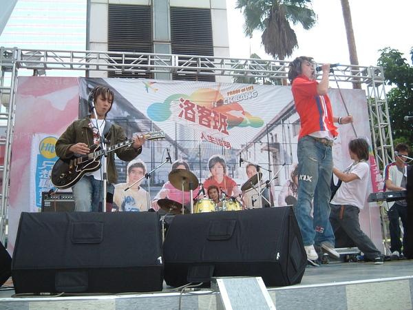 台中簽唱.JPG
