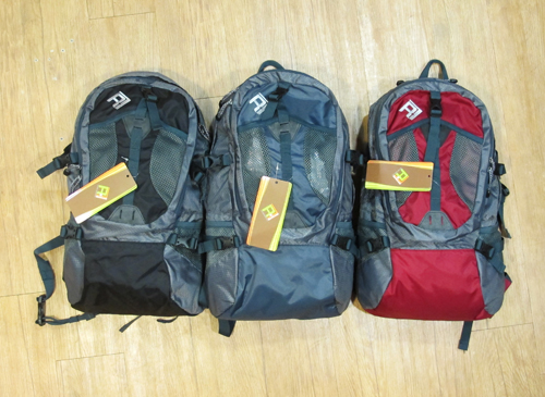 2.【Rockland 14週年慶】密技8:背包週-Rockland Discovery休閒背包25L、35L(discovery-休閒背包-25-產品組圖).jpg