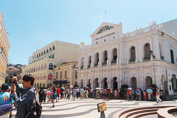 1.[小店員趴趴走] 三天兩夜澳門自由行!Macau就是拍照吃不停~(下)--主視覺