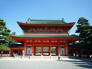 2011.9.27 平安神宮 應天門 (4).JPG