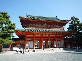 2011.9.27 平安神宮 應天門 (1).JPG