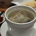 元盅土雞湯