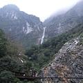 白楊步道吊橋、瀑布