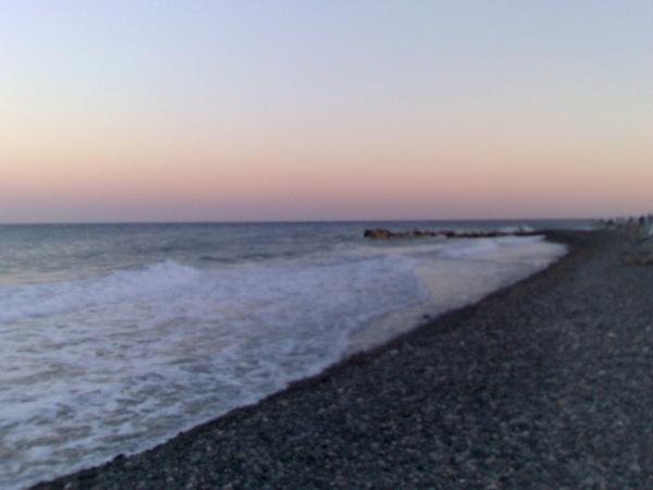 kamari 海灘的黃昏