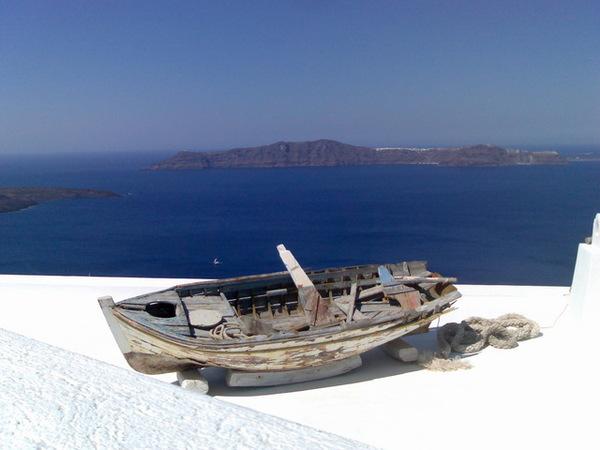 屋頂的破船