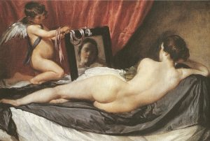 aphrodite-in-front-of-mirror