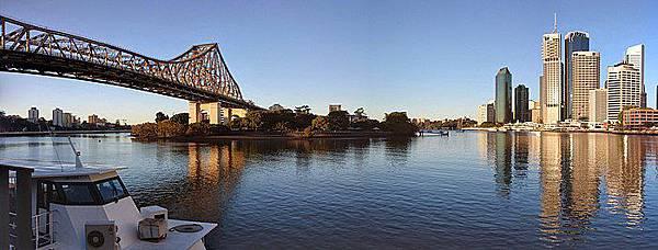 700px-Brisbane_City_Skyline.jpg