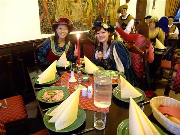 中世紀晚宴 (2).JPG