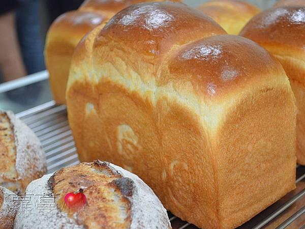 2013-10-19跟老陳學做麵包_015.jpg
