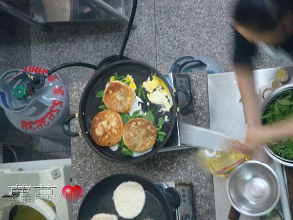 2013-11-02黑糖饅頭叉燒包蔥肉餅脆筍鮮肉包_017.jpg