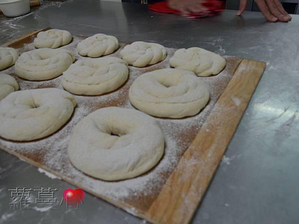 2013-12-01蘋果麵包_004.jpg