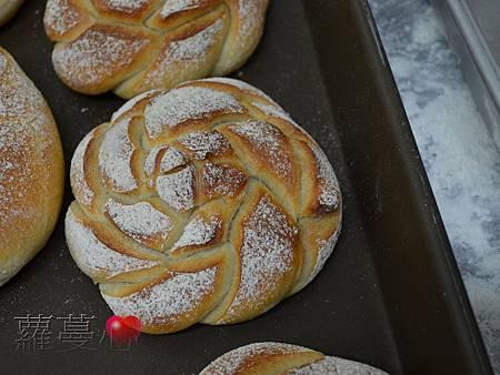 2013-12-01蘋果麵包_009.jpg