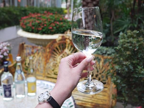 Ô Muse 歐慕仕 歐洲進口 氣泡水 天然 礦泉水 法國 英國 米其林 飯店 高級水 推薦