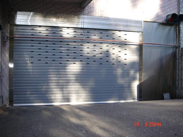 鋁合金門板40.jpg