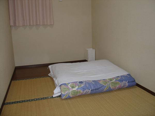 房間室內照3