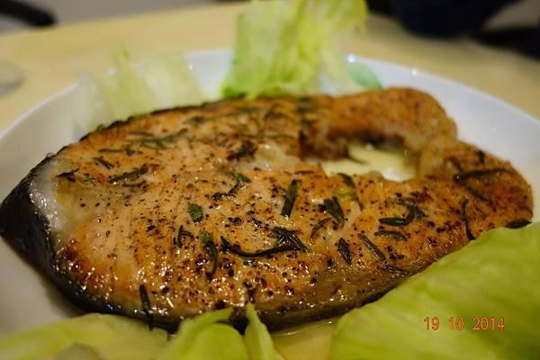 20141019 迷迭香煎鮭魚
