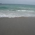 海浪要往我這衝過來了