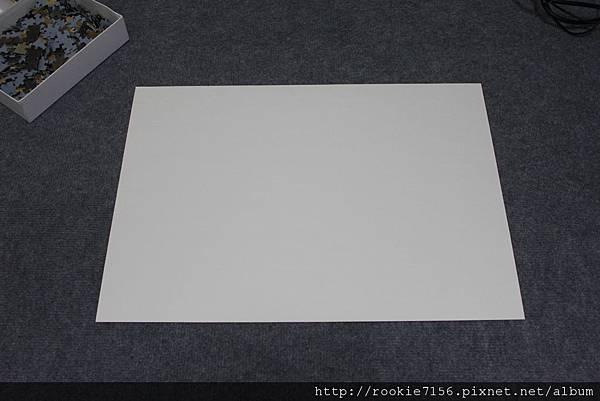 半開厚紙板