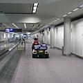 香港機場很大,好想跳上去坐
