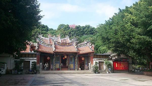 1024px-Fenyuan_Baozan_Temple01.JPG