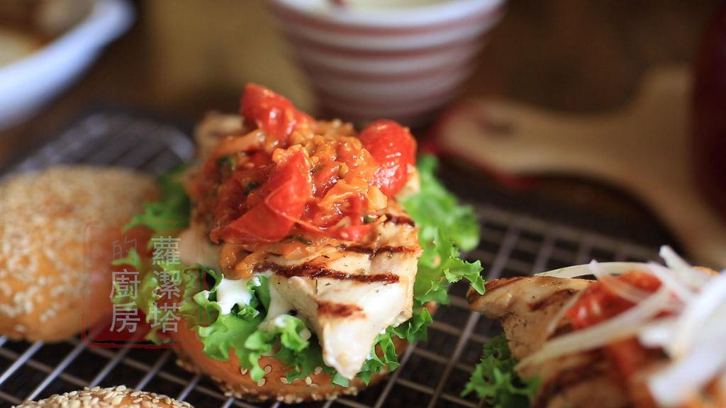 雞胸肉漢堡07.jpg