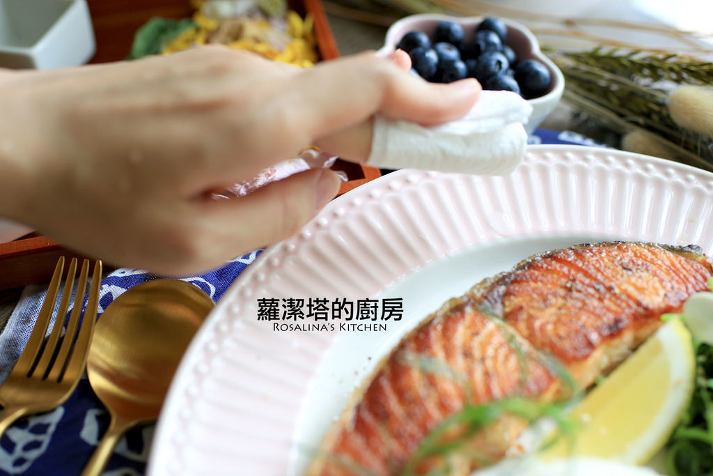 乾煎鮭魚15.jpg