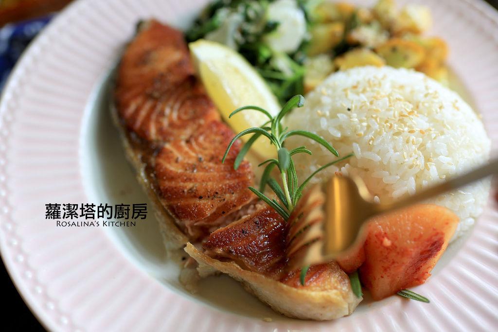 乾煎鮭魚18.jpg