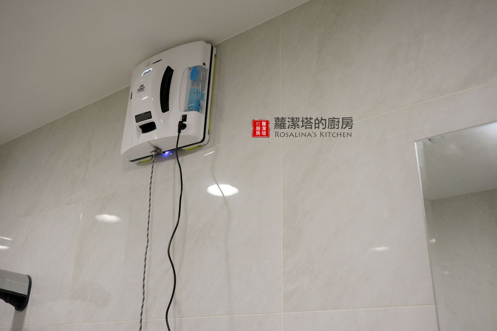 擦浴室.jpg