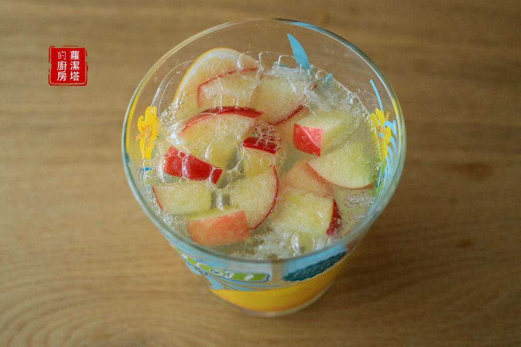 草莓牛奶氣泡機26.jpg