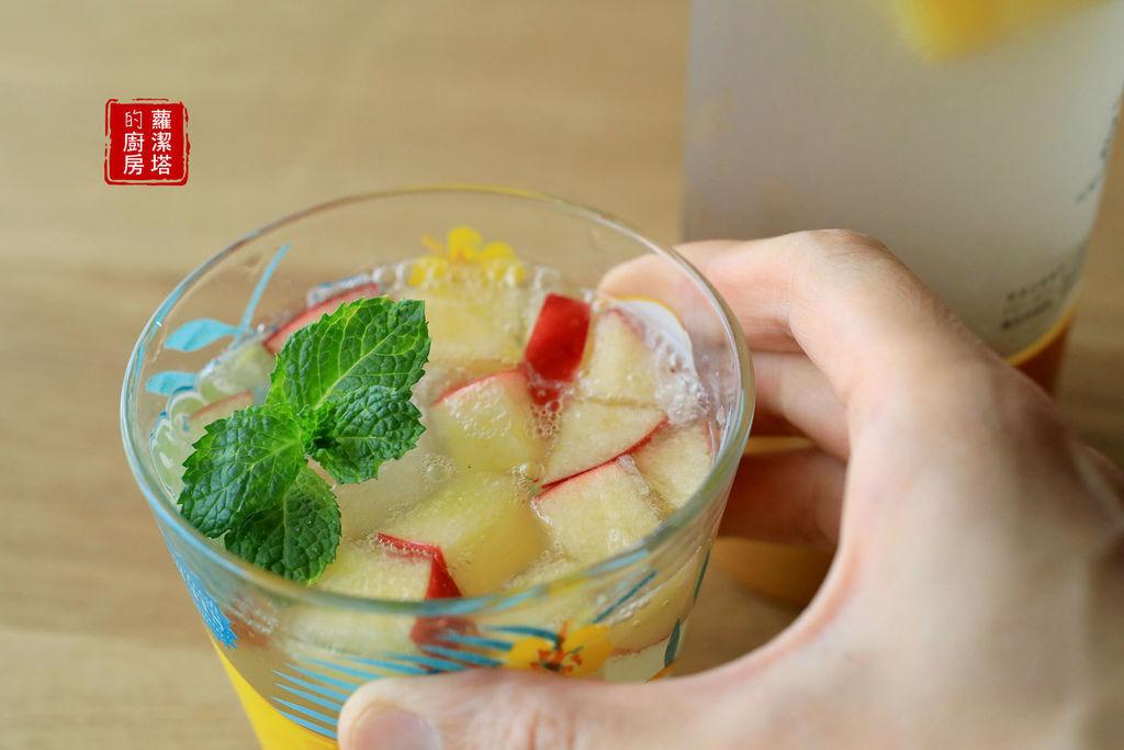 草莓牛奶氣泡機28.jpg
