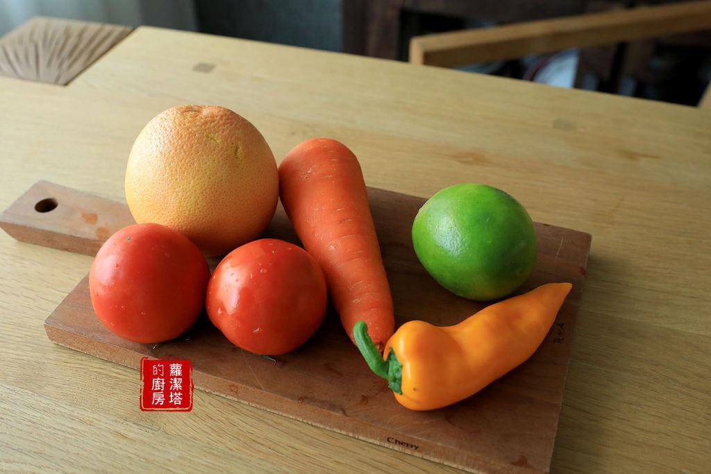 橘色果汁02.jpg