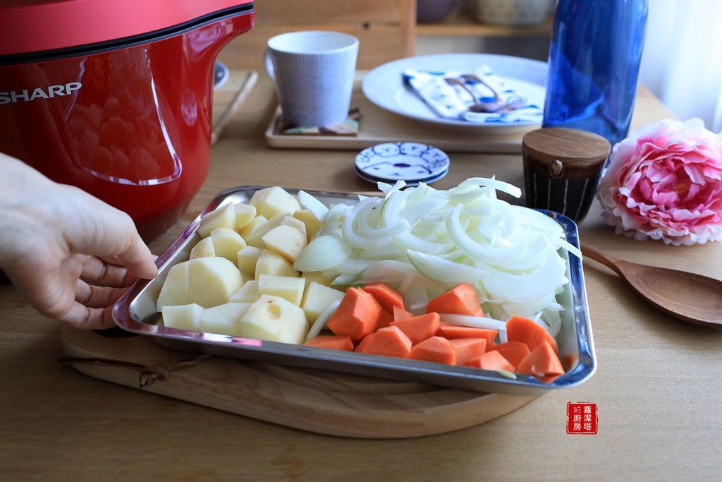 馬鈴薯燉肉01.jpg